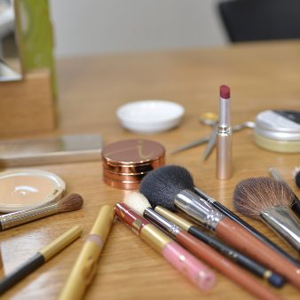 Rauch und Bunde: Make-up